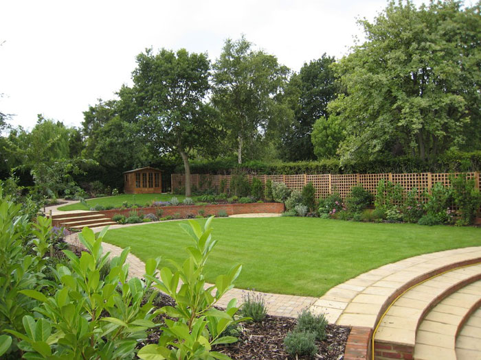 Christine lees garden design a garden in hertfordshire for Landscaping large gardens
